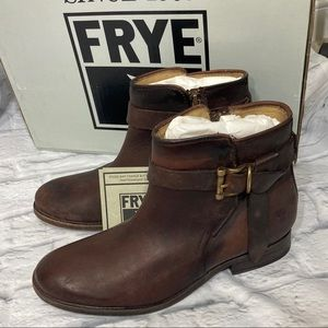 New Frye Melissa Redwood knotted short boot size 7